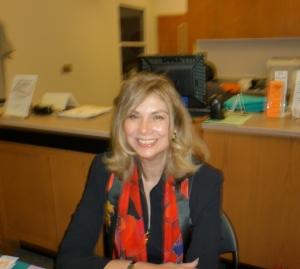 Elaine Viets