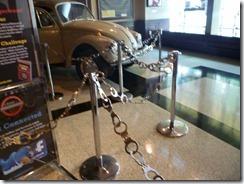 Handcuffs (800x600)